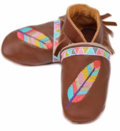 Chaussons en cuir petite Sioux.