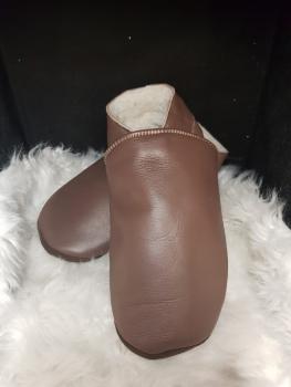 chaussons en cuir fourrés